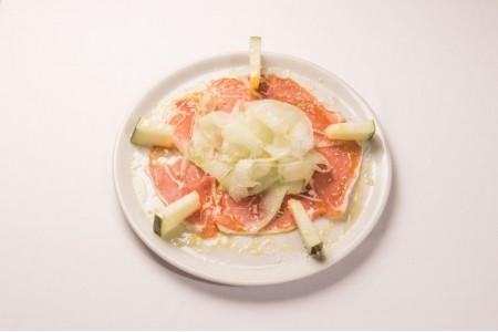 9. Carpaccio de melón con jamón